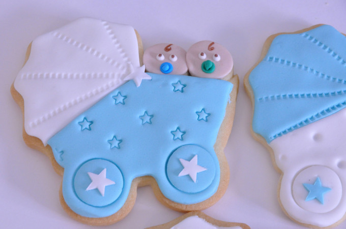 Recordatorios para bautizos – Galletas decoradas con Fondant