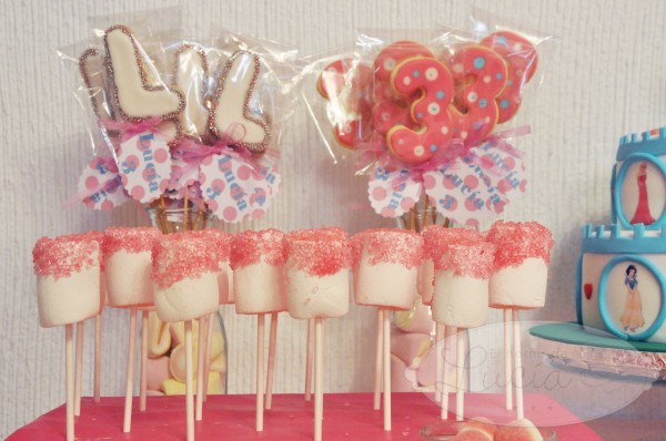 Brochetas de marshmallow pops